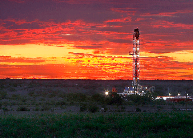 chesapeake  eagle fors shale  texas  états-unis  amérique  trimestre  augmentation  production