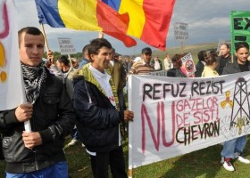 Roumanie Chevron  gaz de schiste  protestations  permis d'exploration